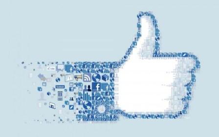 Facebook α